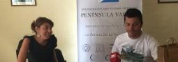 """La Administracion Peninsula Valdes presento su """"remera solidaria"""""""